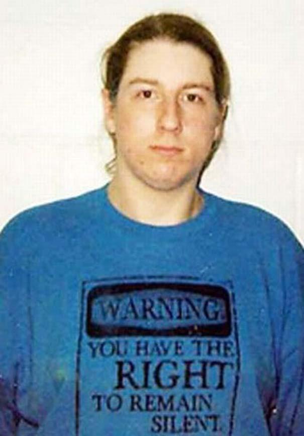 Άνθρωποι που συνελήφθησαν με την κατάλληλη μπλούζα για την περίσταση (16)