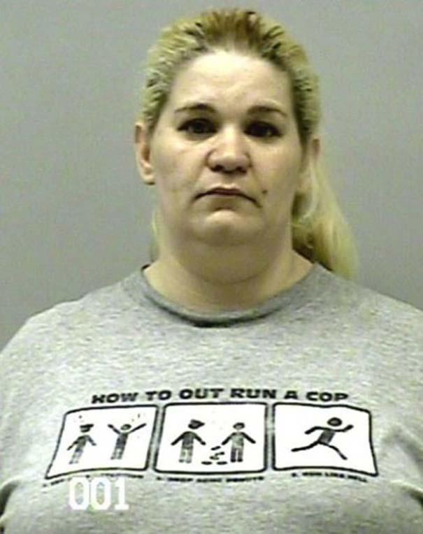 Άνθρωποι που συνελήφθησαν με την κατάλληλη μπλούζα για την περίσταση (22)