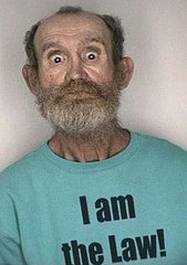 Άνθρωποι που συνελήφθησαν με την κατάλληλη μπλούζα για την περίσταση (27)