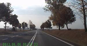 Αποφυγή τροχαίου με εντυπωσιακά αντανακλαστικά (Video)