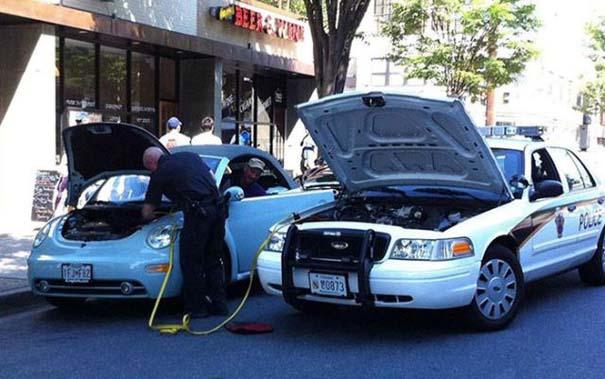 Αστυνομικοί που δίνουν το καλό παράδειγμα (1)