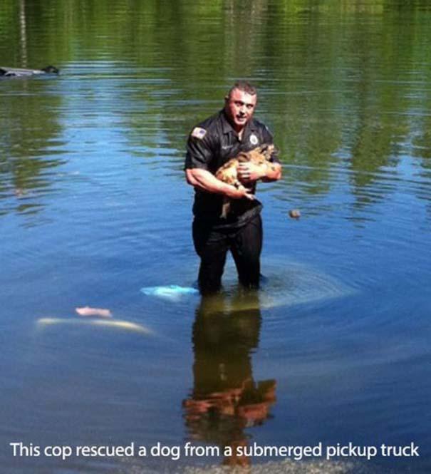 Αστυνομικοί που δίνουν το καλό παράδειγμα (9)