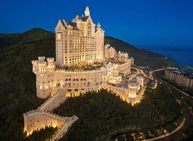 Castle Hotel (1)