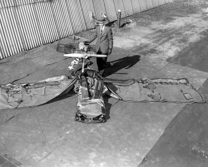 Το φουσκωτό αεροπλάνο της Goodyear (10)