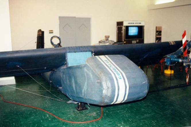Το φουσκωτό αεροπλάνο της Goodyear (15)