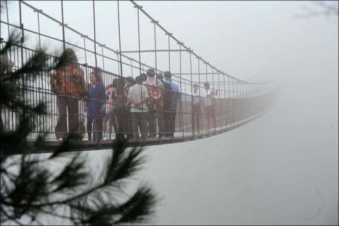 Γυάλινη γέφυρα σε επαρχία της Κίνας (2)