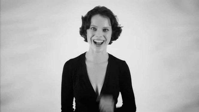 Η γυναίκα που μπορεί να τραγουδήσει δυο νότες ταυτόχρονα