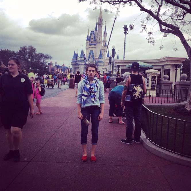Η κοπέλα που έγινε διάσημη επειδή μισεί την Disney World (2)