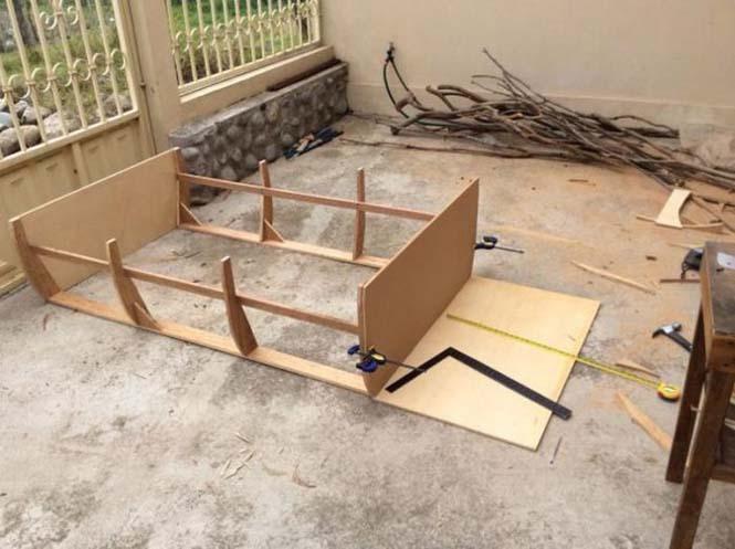 Γονείς κατασκεύασαν κρεβάτι - βάρκα για το παιδί τους (3)