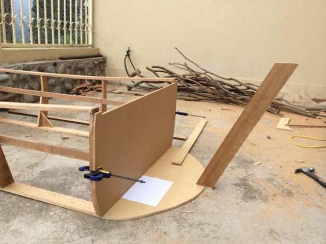 Γονείς κατασκεύασαν κρεβάτι - βάρκα για το παιδί τους (5)