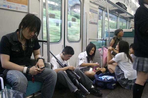 Παράξενες και κωμικοτραγικές φωτογραφίες στα μέσα μεταφοράς (3)