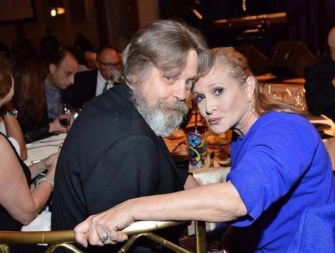Luke Skywalker & Princess Leia Reunion (2)