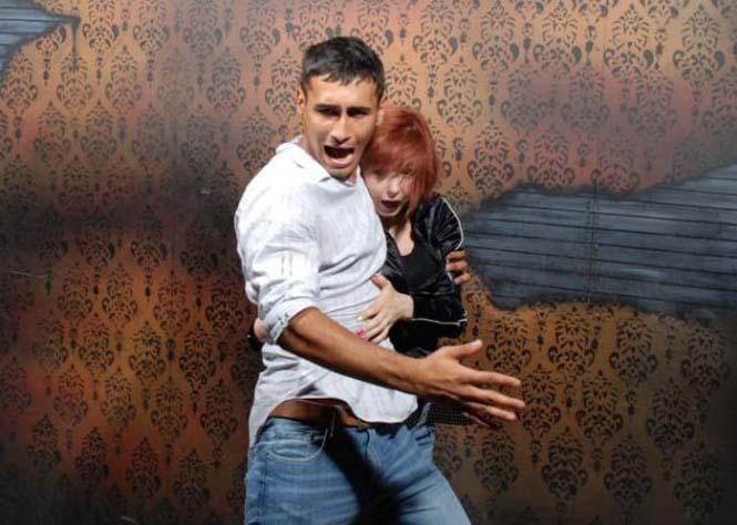Άνθρωποι στο τρομακτικό «Nightmares Fear Factory» (2)