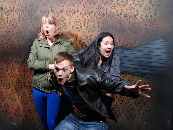 Άνθρωποι στο τρομακτικό «Nightmares Fear Factory» (14)