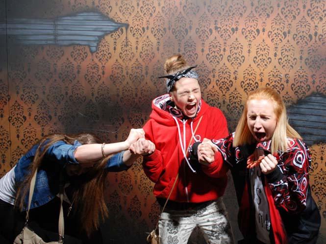 Άνθρωποι στο τρομακτικό «Nightmares Fear Factory» (17)