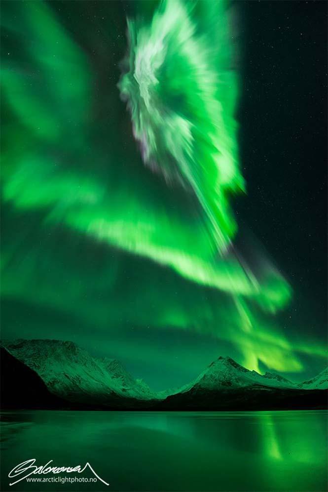 Το Βόρειο Σέλας σε εκπληκτικές φωτογραφίες από τη Νορβηγία (2)