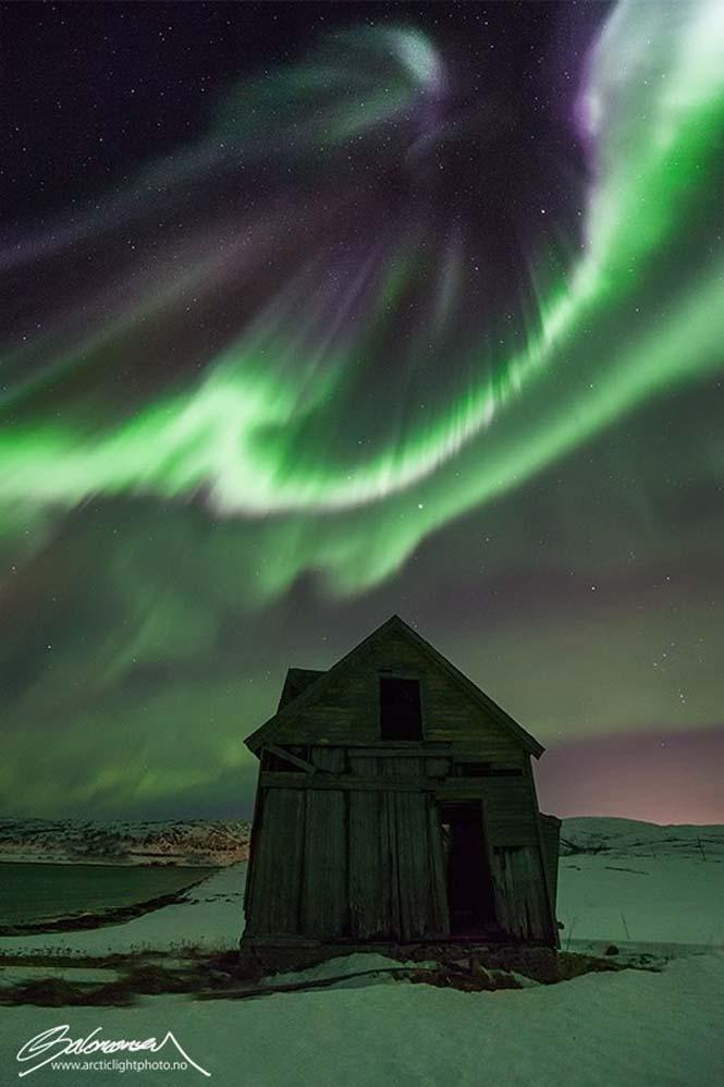 Το Βόρειο Σέλας σε εκπληκτικές φωτογραφίες από τη Νορβηγία (7)