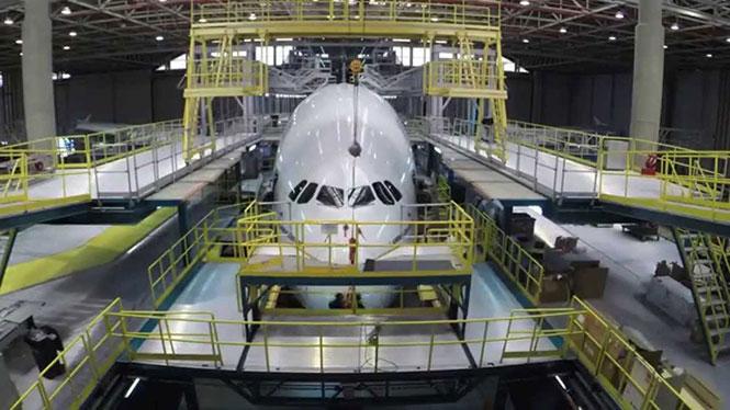 Η αποσυναρμολόγηση ενός Airbus A380 μέσα σε 2 λεπτά