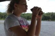 Αυτά συμβαίνουν όταν πας να φιλήσεις ένα ψάρι... (1)