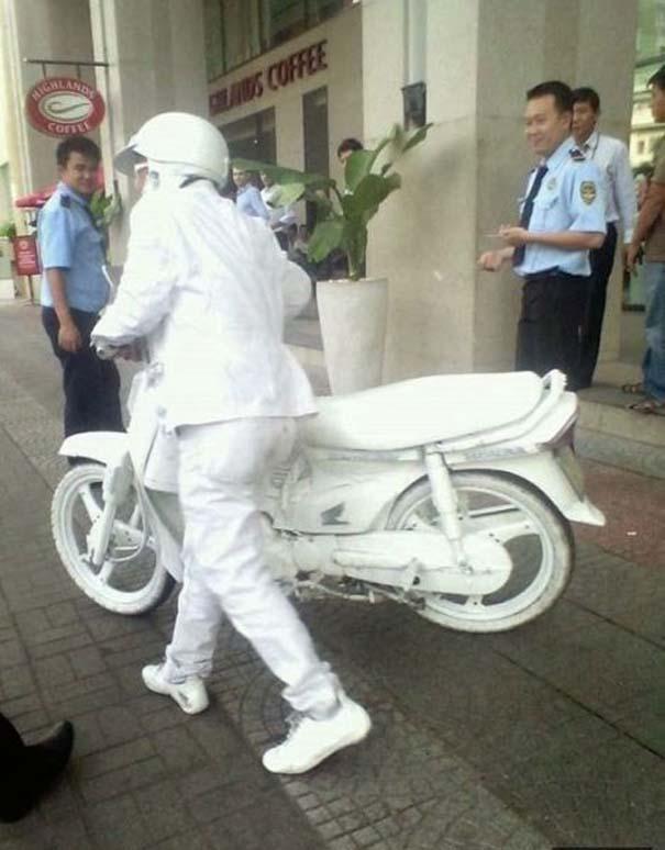 Εν τω μεταξύ, στην Ασία... (2)