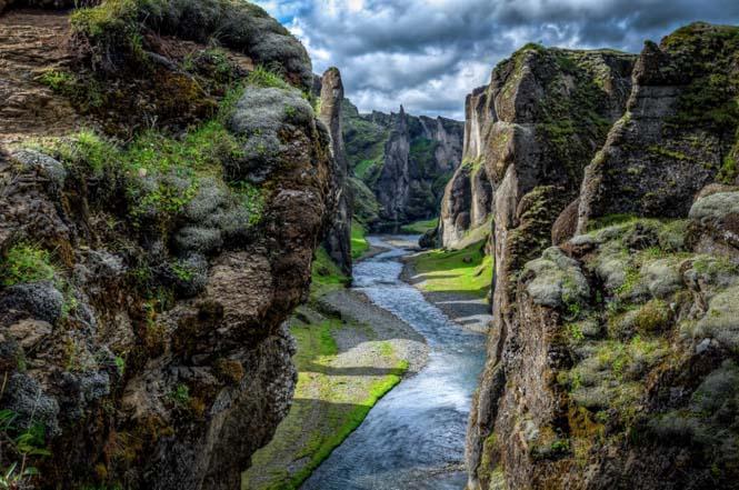 Fjaðrárgljúfur: Ένα από τα ομορφότερα φαράγγια στον κόσμο (4)