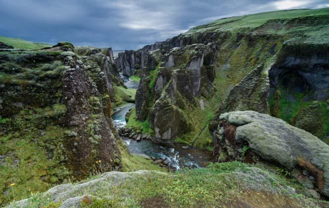 Fjaðrárgljúfur: Ένα από τα ομορφότερα φαράγγια στον κόσμο (5)