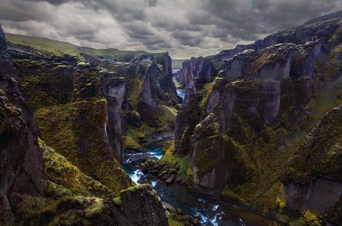 Fjaðrárgljúfur: Ένα από τα ομορφότερα φαράγγια στον κόσμο (8)