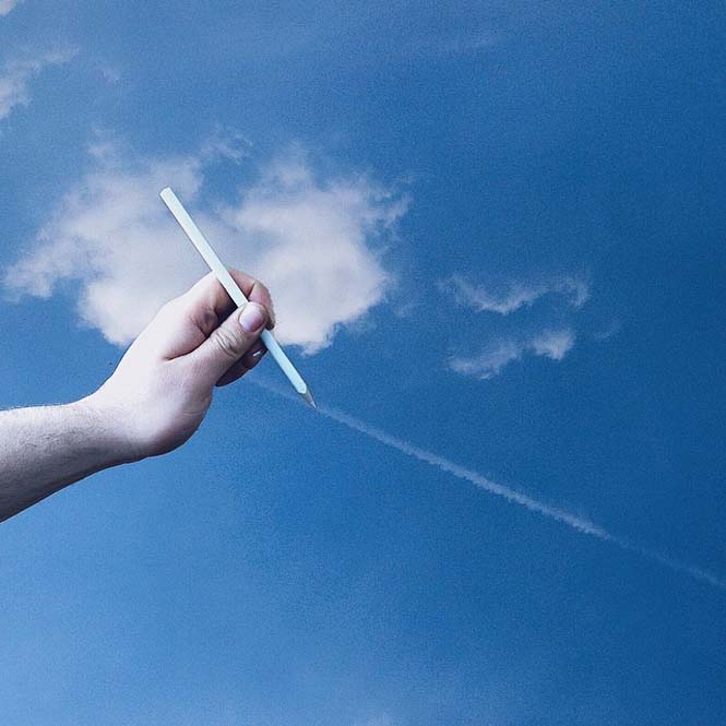 Φωτογράφος παίζει με τα σύννεφα (2)