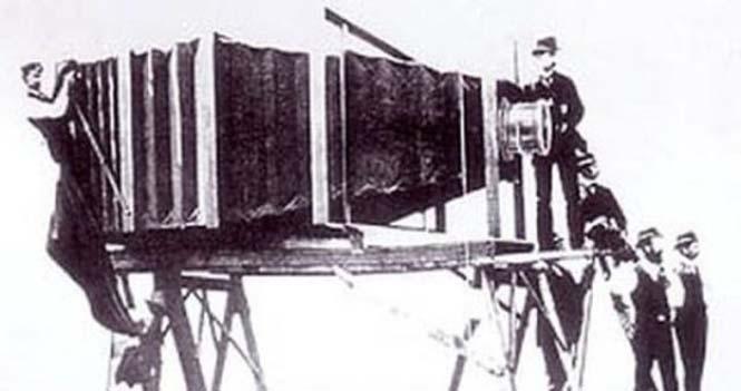 Γιγάντια φωτογραφική μηχανή του παρελθόντος (4)