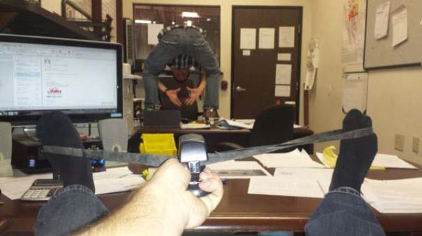 Κωμικοτραγικές καταστάσεις στη δουλειά (1)