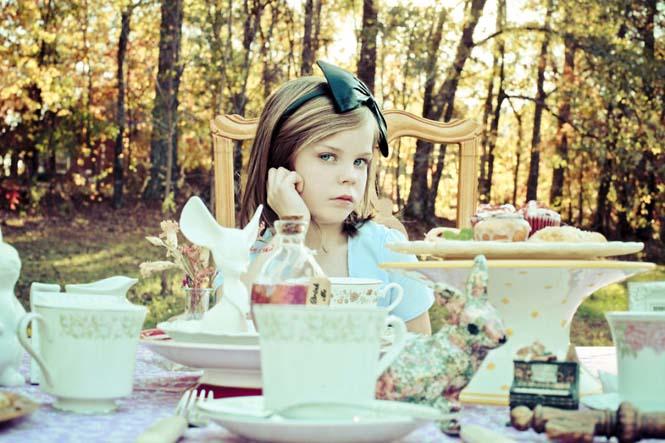 Φωτογράφος μεταμορφώνει την 9χρονη κόρη της σε διάσημους χαρακτήρες (4)