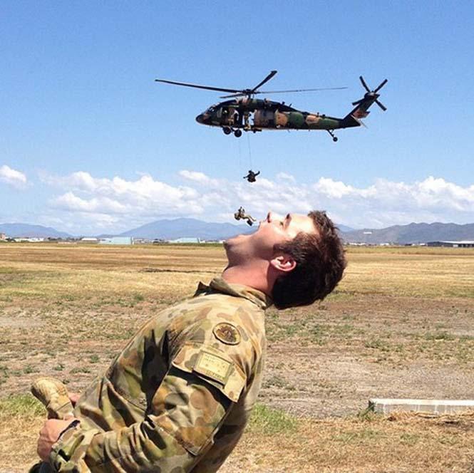 Όταν οι στρατιώτες διασκεδάζουν... (2)