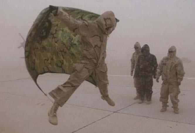 Όταν οι στρατιώτες διασκεδάζουν... (8)
