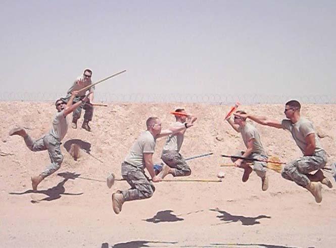 Όταν οι στρατιώτες διασκεδάζουν... (17)