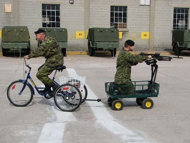 Όταν οι στρατιώτες διασκεδάζουν... (18)