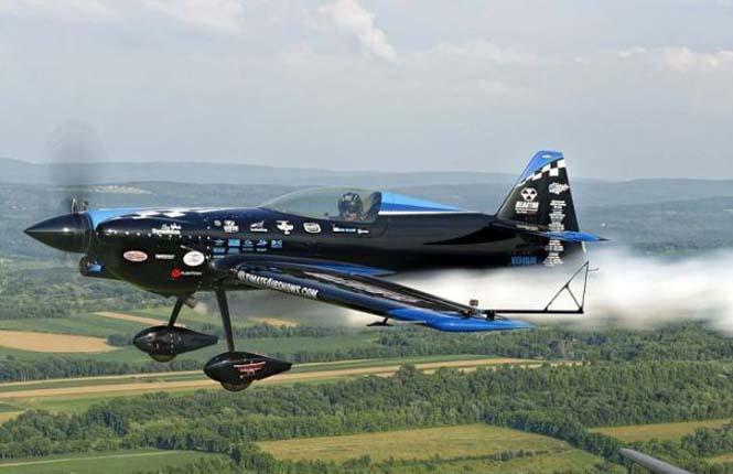 Ο πιλότος που ειδικεύεται στο Photobombing (7)