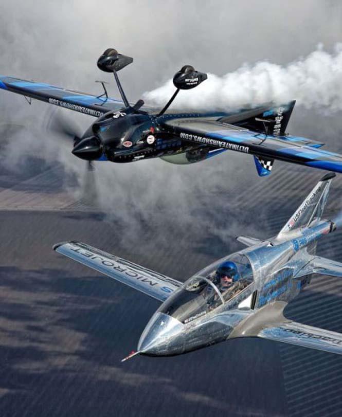 Ο πιλότος που ειδικεύεται στο Photobombing (2)