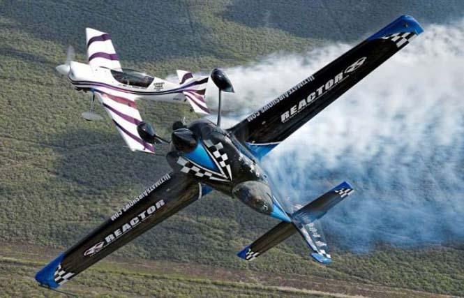 Ο πιλότος που ειδικεύεται στο Photobombing (6)