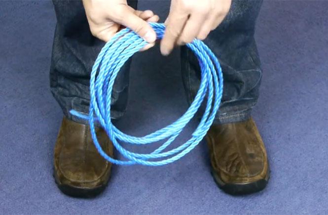 Πως να κόψετε ένα σκοινί χωρίς τη χρήση κάποιου εργαλείου