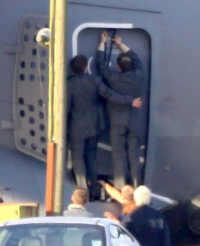 Ο Tom Cruise αψηφά το θάνατο σε ένα stunt για τη νέα του ταινία (6)