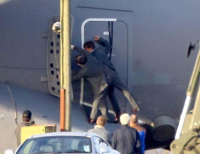 Ο Tom Cruise αψηφά το θάνατο σε ένα stunt για τη νέα του ταινία (7)