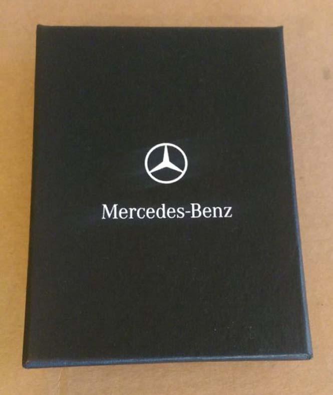 Αυτός ο τύπος έκανε την κοπέλα του να πιστέψει πως της αγόρασε μια Mercedes... (1)