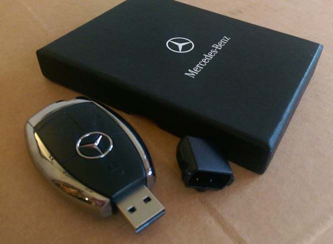 Αυτός ο τύπος έκανε την κοπέλα του να πιστέψει πως της αγόρασε μια Mercedes... (3)
