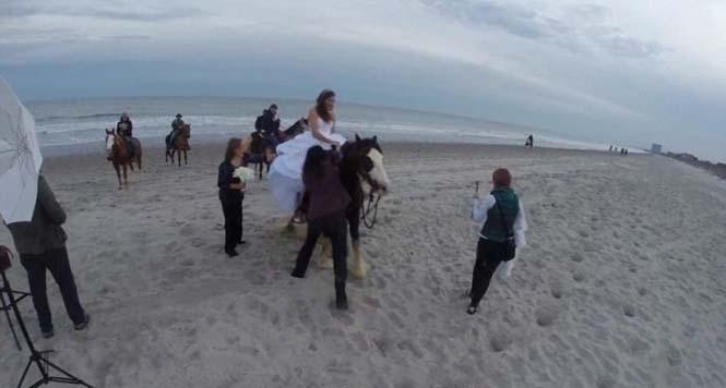 Η φωτογράφηση γάμου με άλογο δεν είναι πάντα καλή ιδέα (2)