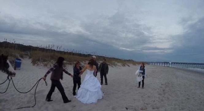 Η φωτογράφηση γάμου με άλογο δεν είναι πάντα καλή ιδέα (11)