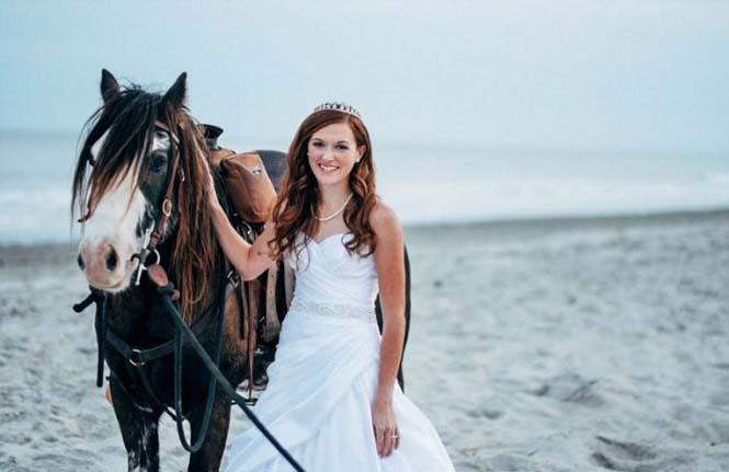 Η φωτογράφηση γάμου με άλογο δεν είναι πάντα καλή ιδέα (12)