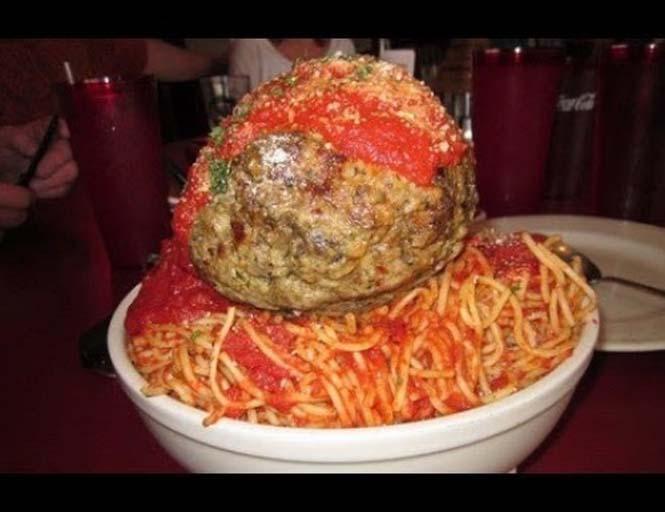 Γεύματα σε μερίδες εξωφρενικού μεγέθους (14)