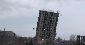 Το κτήριο που… αρνιόταν να πέσει! (Video)