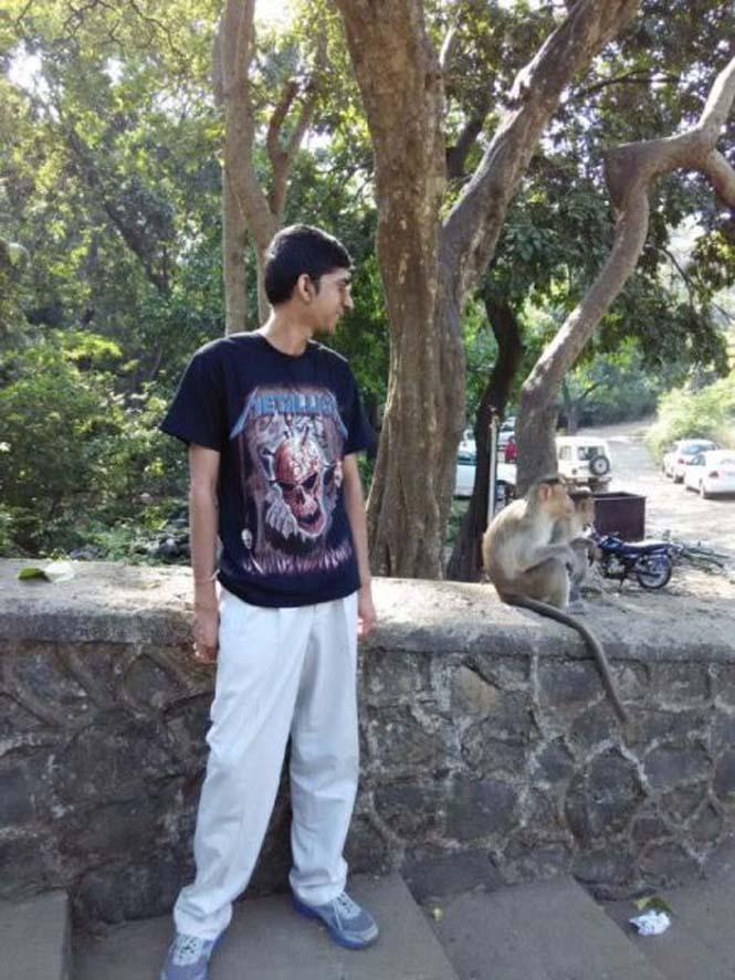 Μαϊμούδες έκαναν την φωτογραφία ενός νεαρού πραγματικά αξέχαστη (3)