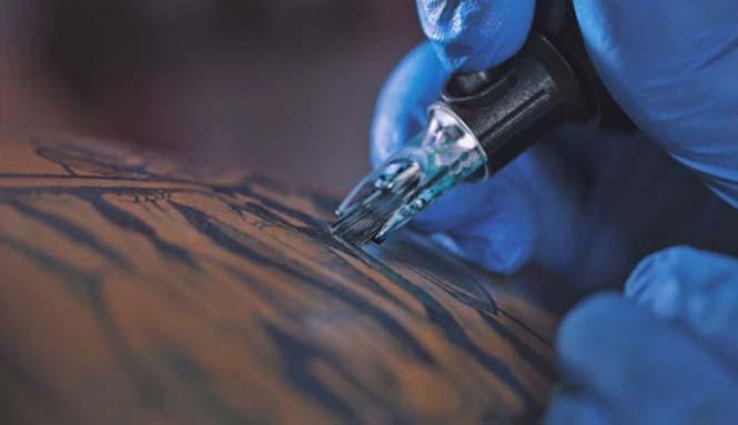 Μοτοσυκλέτα με τατουάζ (5)